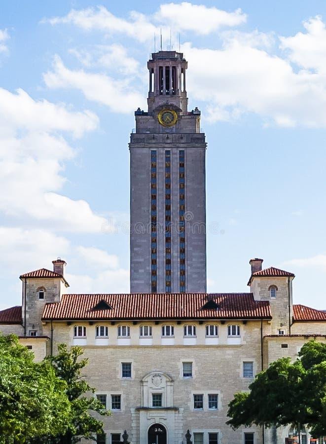 AUSTIN, TEKSAS, usa - WRZESIEŃ 17, 2017: Wierza przy uniwersytetem teksańskim zdjęcie stock