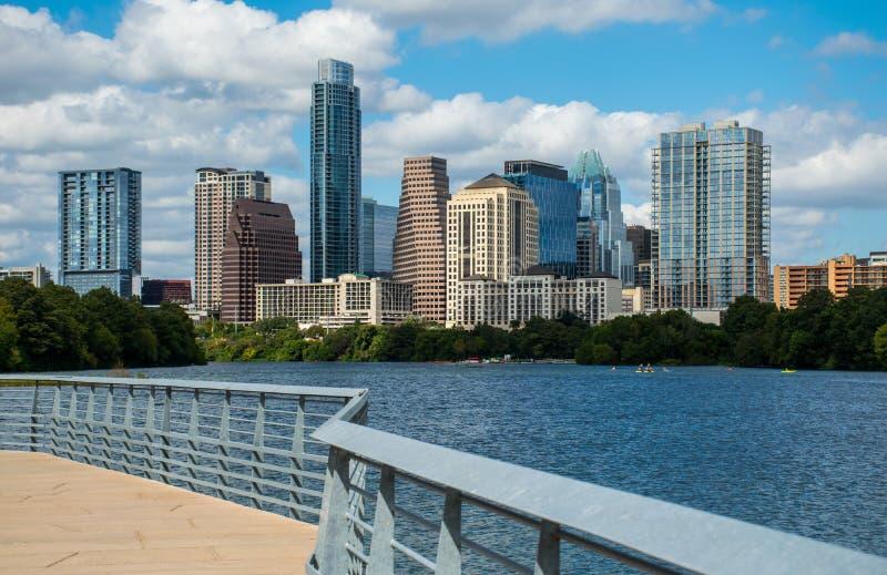 Austin Texas Mid Day Perfect Summer astratto lungo il fiume Colorado fotografia stock libera da diritti