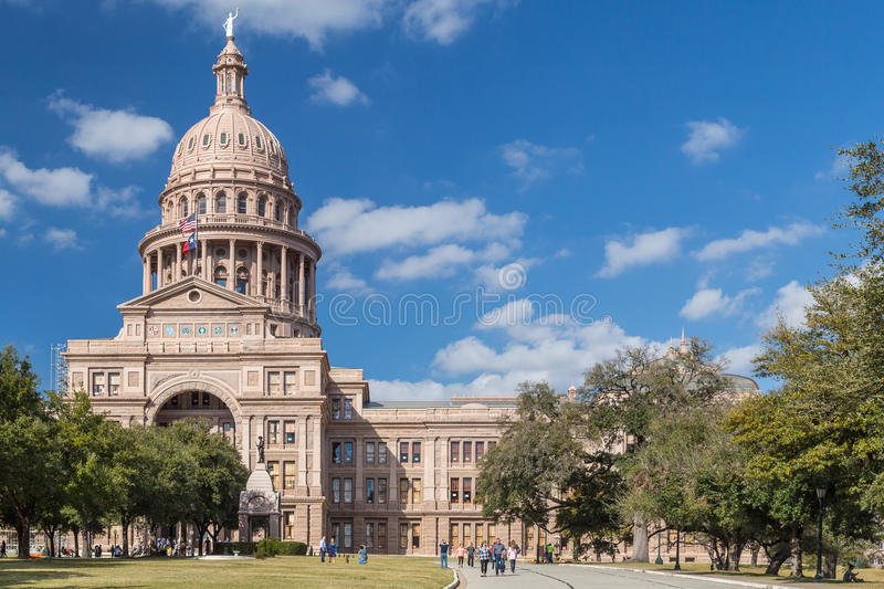 Austin, TX/USA - circa February 2016: Texas State Capitol with Heroes of the Alamo Monument in Austin stock photos