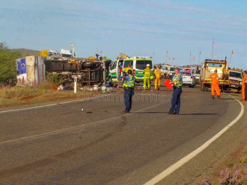 Austrália ocidental, Pilbara 2011 - acidente na estrada 1 da estrada imagens de stock