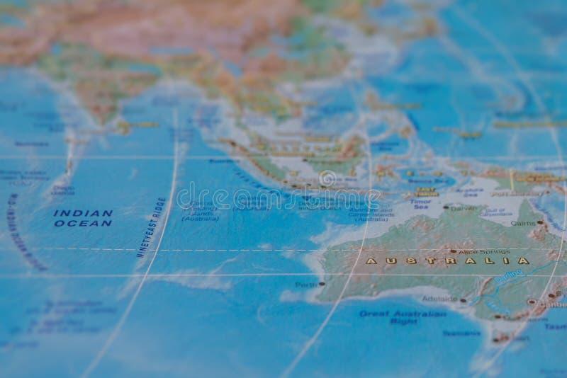 Austr?lia no fim acima no mapa Foco no nome do pa?s Efeito do Vignetting imagem de stock royalty free