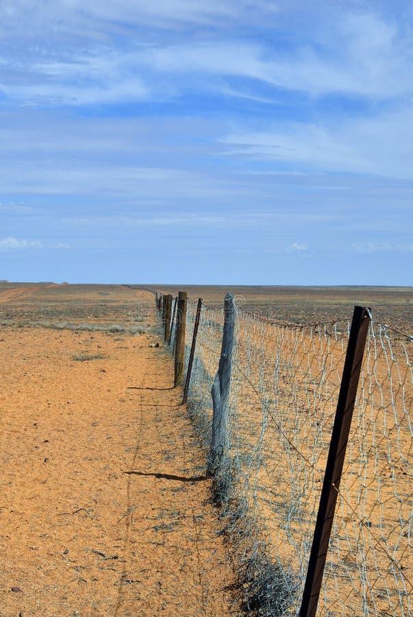 Australië, Dingoomheining stock afbeeldingen