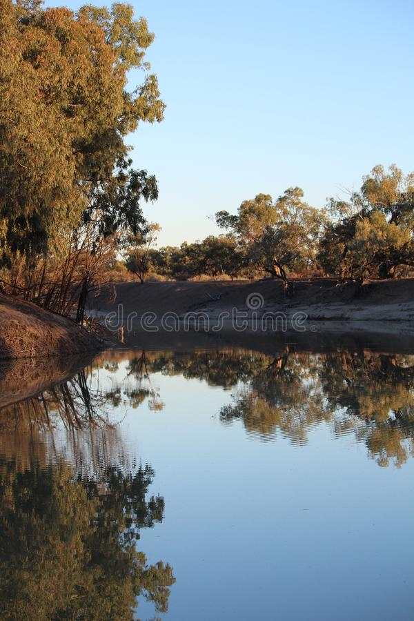 Australië NSW Darling River, Mendinee stock foto's