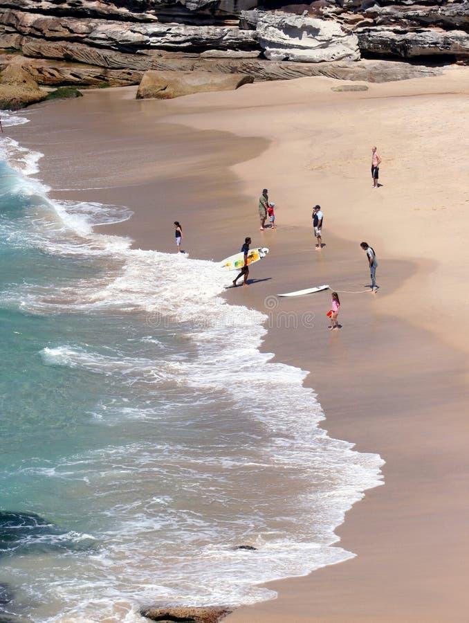 Australië Surfers & families   royalty-vrije stock afbeeldingen