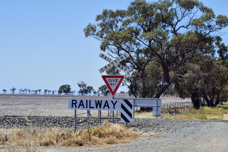 Australië, Victoria, spoorwegovergang royalty-vrije stock afbeeldingen