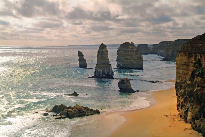 Download Australie - Apôtres De Twelfe, Photo stock - Image du landmark, horizontal: 76081532