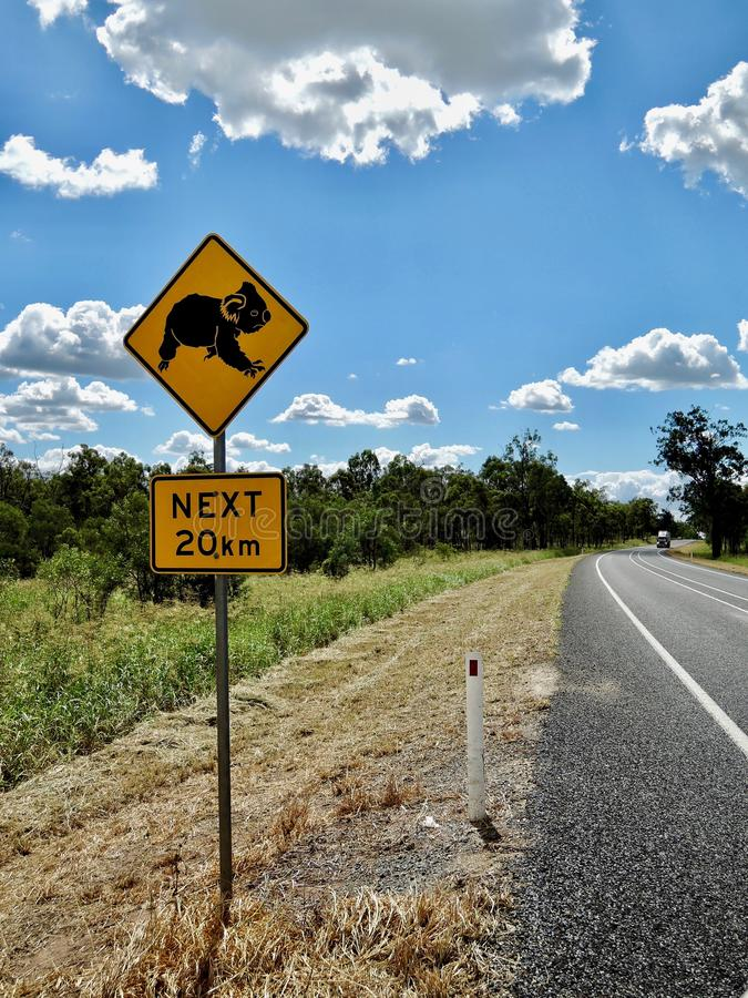 Australie de panneau routier de koala images libres de droits