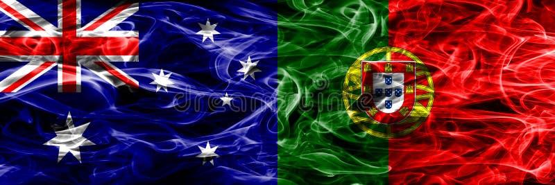 Australien gegen die bunte Rauchflagge Portugals gemacht vom dicken Rauche lizenzfreie abbildung