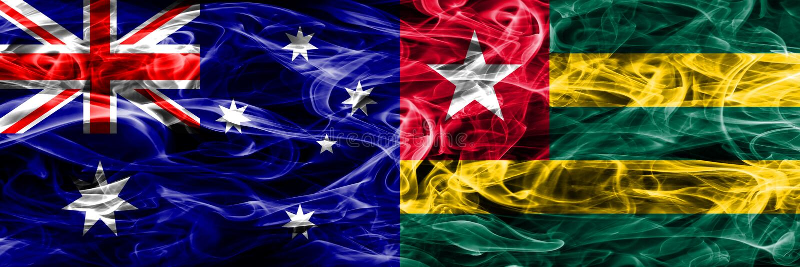 Australien gegen die bunte Rauchflagge Togos gemacht vom dicken Rauche vektor abbildung