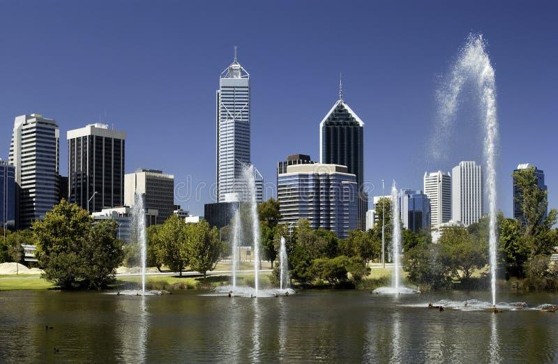 Australien i stadens centrum perth horisont royaltyfria bilder