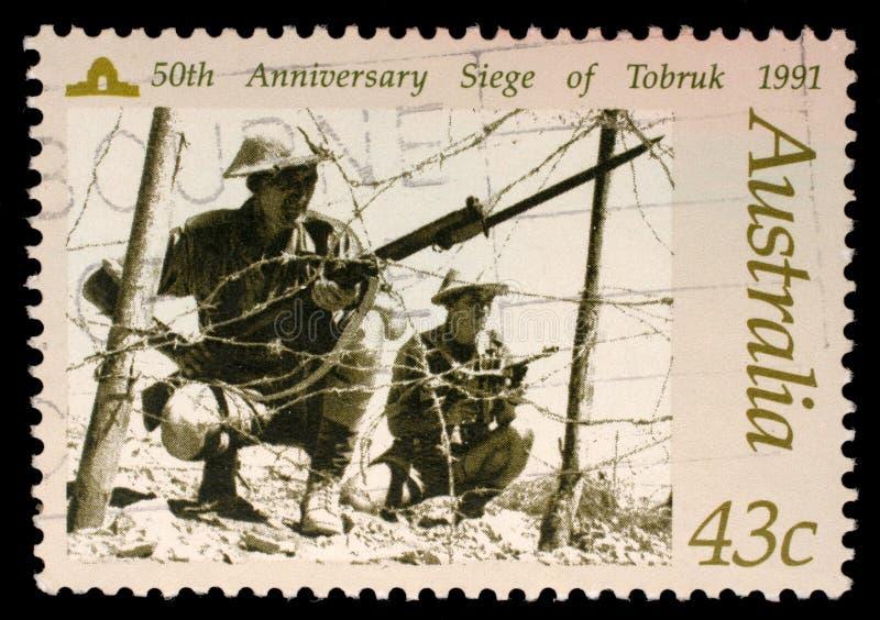 Australijski znaczek pocztowy przedstawia 50 th rocznicowego oblężenie Tobruk obraz royalty free