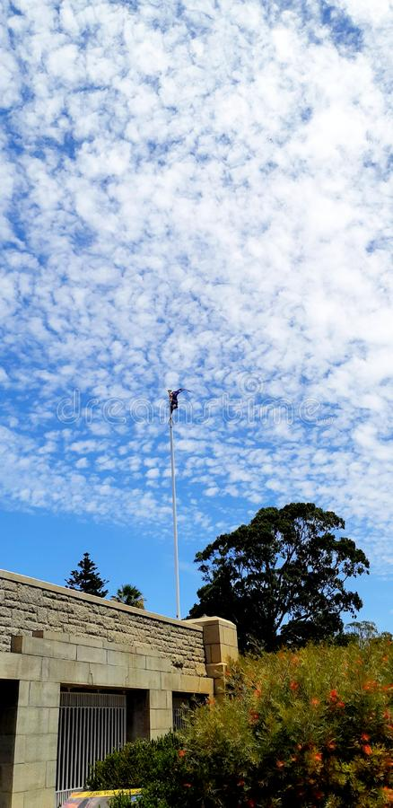 Australische Flagge innerhalb des Parks lizenzfreies stockbild