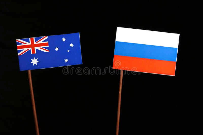 Download Australische Flagge Mit Der Russischen Flagge Lokalisiert Auf Schwarzem Stockfoto - Bild von kommunikation, markierungsfahne: 96932266