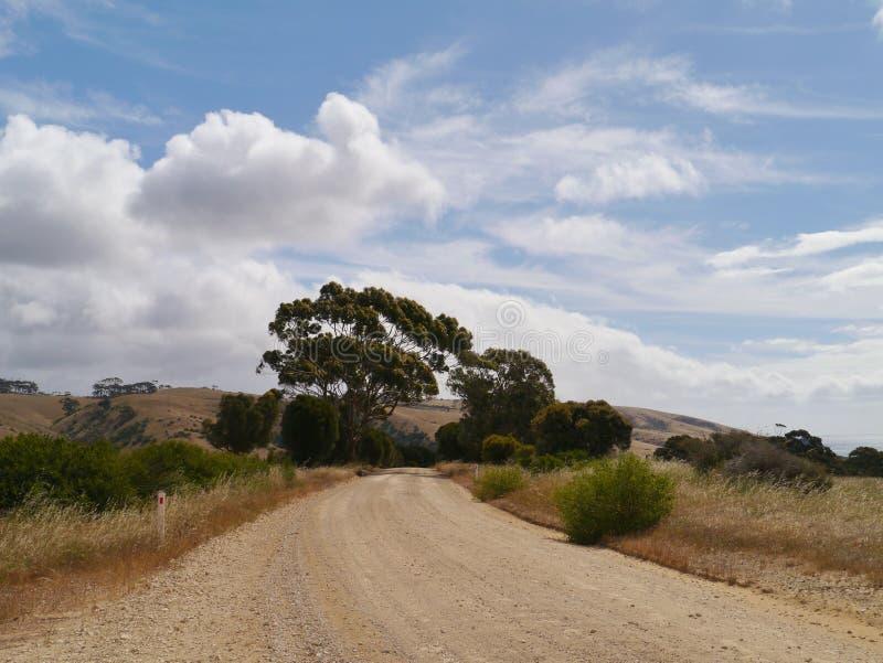 Australische Landschaft mit einer Bahn lizenzfreies stockfoto