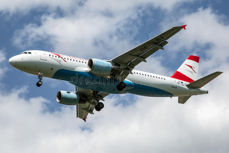 Austrian Airlines στοκ εικόνα με δικαίωμα ελεύθερης χρήσης