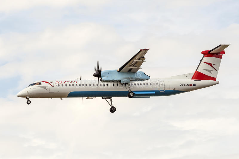Austrian Airlines-Bombardier Streepje 8 royalty-vrije stock afbeelding