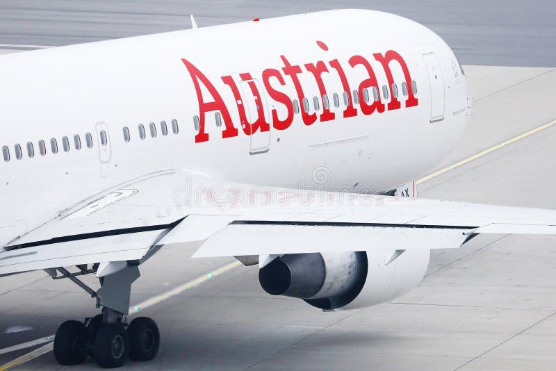 Austrian Airlines plan royaltyfria bilder