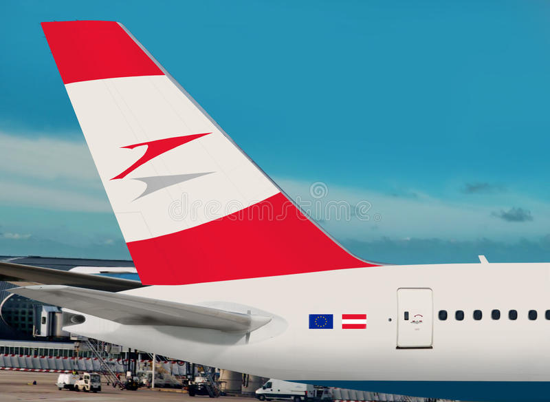 Austrian Airlines-vliegtuig. stock foto's