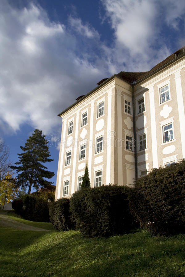 Download Austrian Palace Royalty Free Stock Photography - Image: 11582517