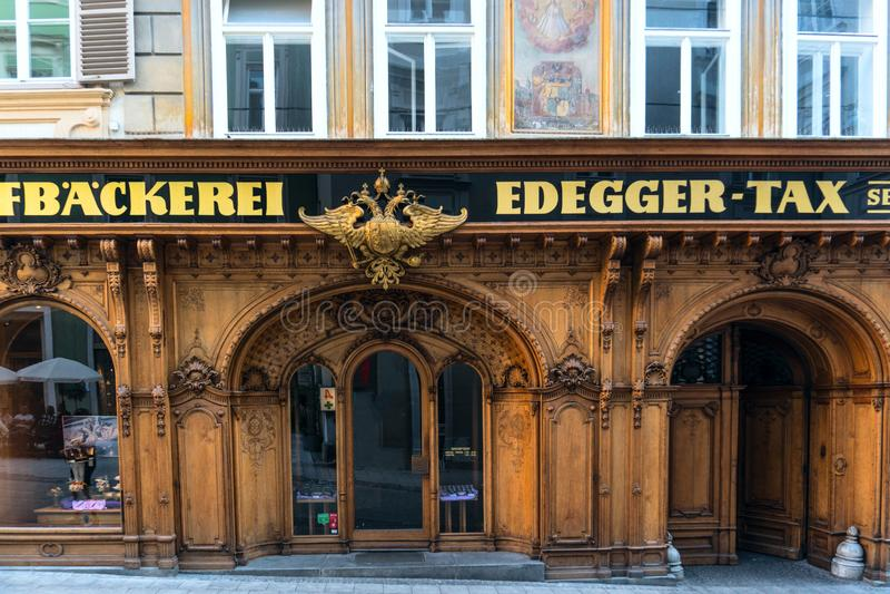 austrians Graz Wrzesień 2018 Wejście Cesarski piekarnia podatek, Hofgasse ulica obraz stock