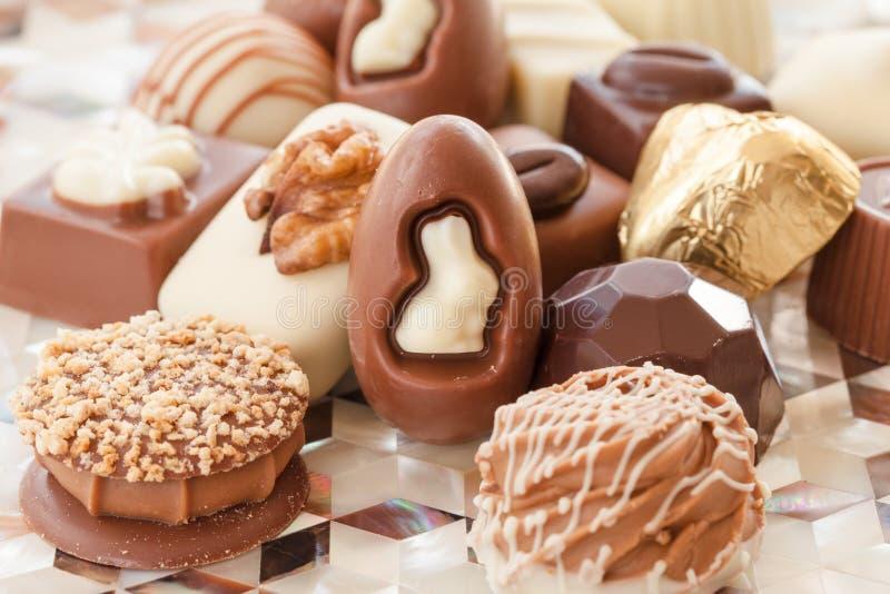 Auswahl von Schokoladen stockbilder