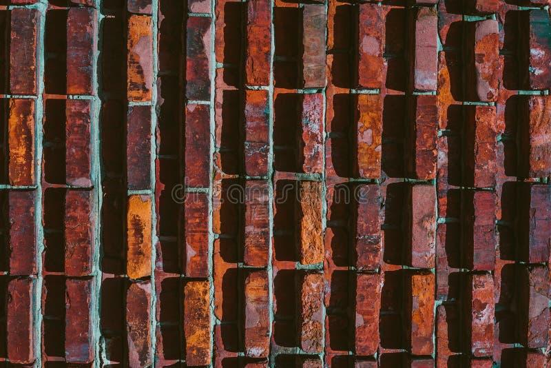 Auszug alte Backsteinmauer Geometrische Verzierung auf einem alten Papier lizenzfreie stockfotografie
