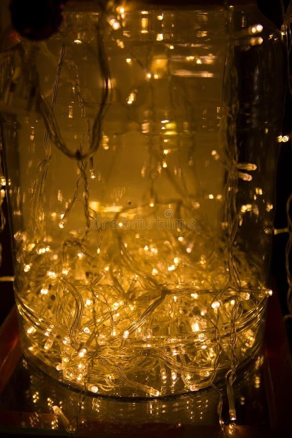 Auszug beleuchtet Hintergrund LED-Beleuchtung, bunte Girlanden, Ne lizenzfreie stockfotografie