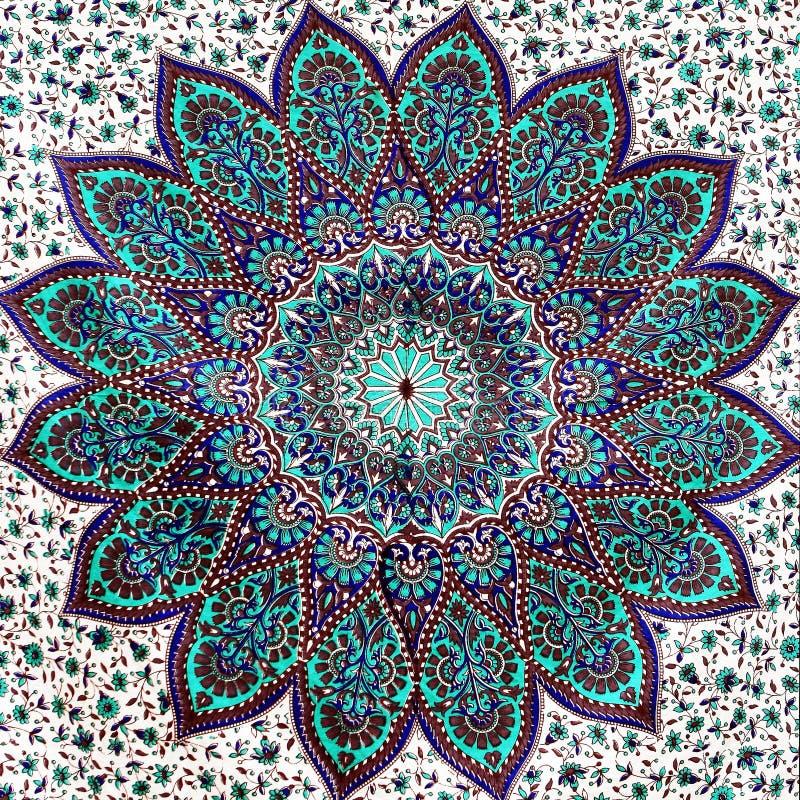 Auszug Spitzen- auf weißem Blumengewebemuster lizenzfreies stockbild