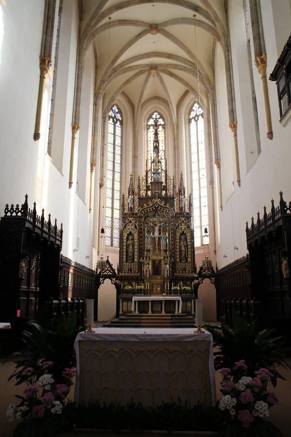 Autel dans l'église de la présentation de Vierge Marie béni dans le jovice de› d'ÄŒeské BudÄ, Bohême du sud photo libre de droits