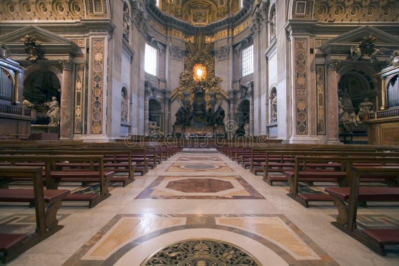 Autel de basilique de Peters de saint photo stock