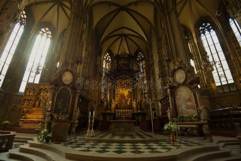 Autel de la cathédrale de St Stephen, Vienne images stock