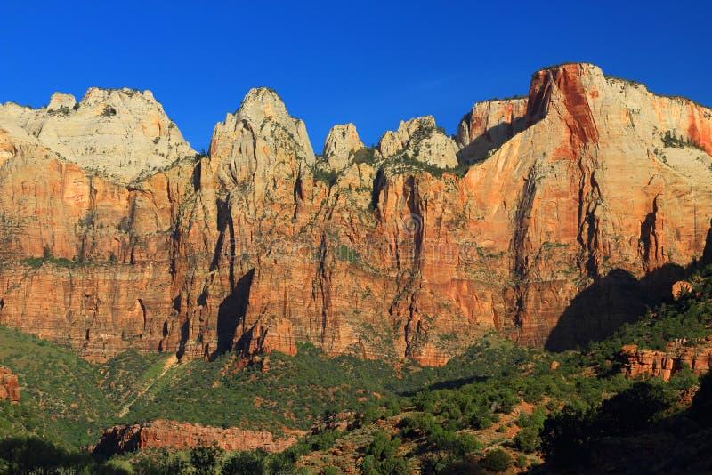 Autel de sacrifice et de temple occidental au lever de soleil, Zion National Park, Utah photos libres de droits