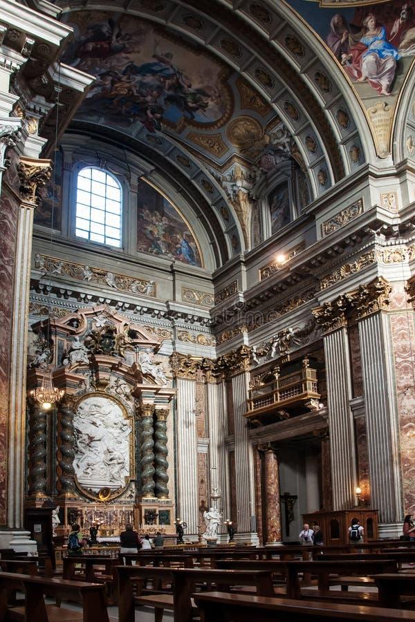Download Autel Latéral Dans L'église De Jésuite à Rome Photo stock éditorial - Image du inside, vide: 45353988