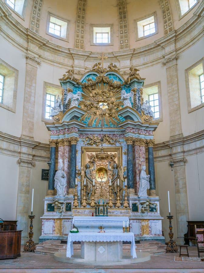 Autel principal dans l'église de Santa Maria della Consolazione dans Todi, province de Pérouse, Ombrie, Italie image stock