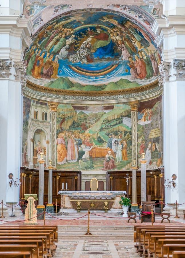 Autel principal dans le Duomo de Spoleto L'Ombrie, Italie centrale images libres de droits