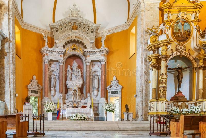 Autel principal en Santo Domingo Church, Carthagène de Indias, Bolivar image libre de droits
