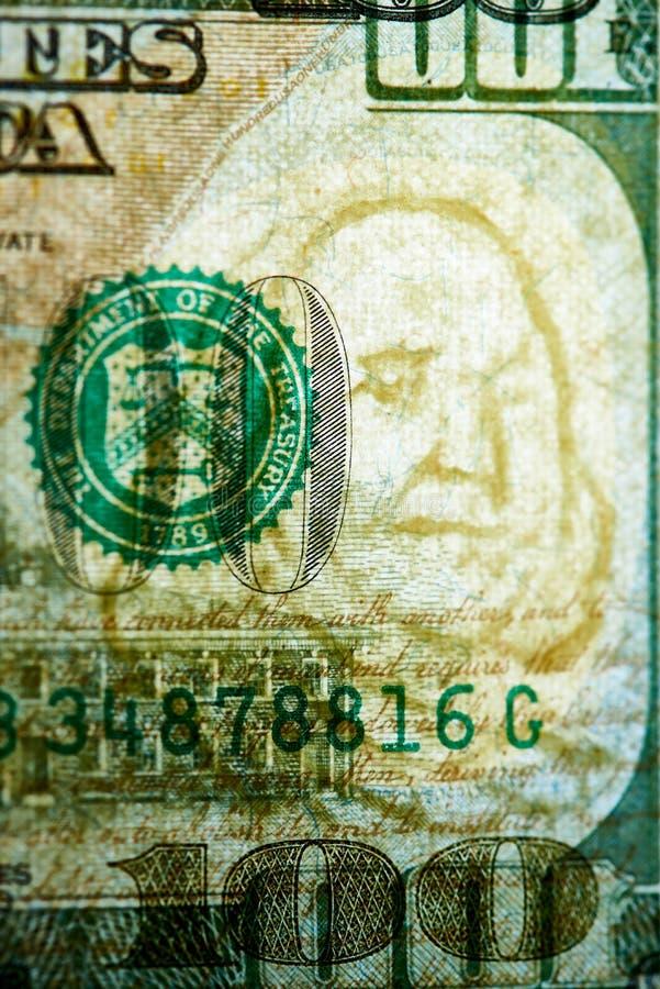 Autenticação da cédula cem dólares no afastamento Filigranas em cem notas de dólar fotografia de stock royalty free