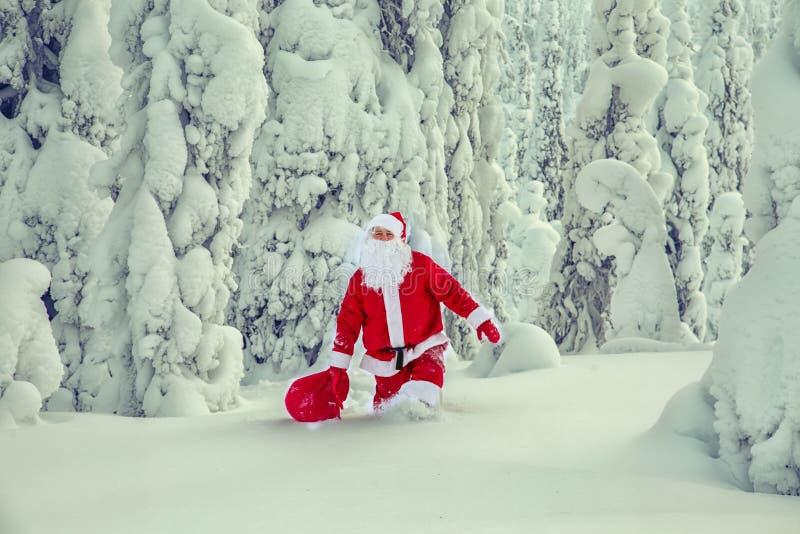 Autentiska Santa Claus i Lapland arkivbild