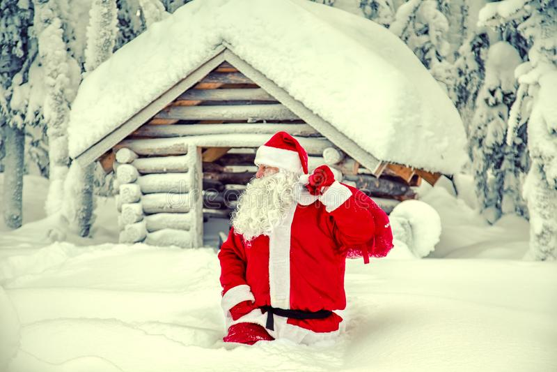 Autentiska Santa Claus i Lapland royaltyfri bild