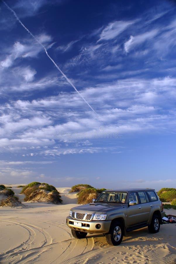 Auto 4WD lizenzfreie stockbilder