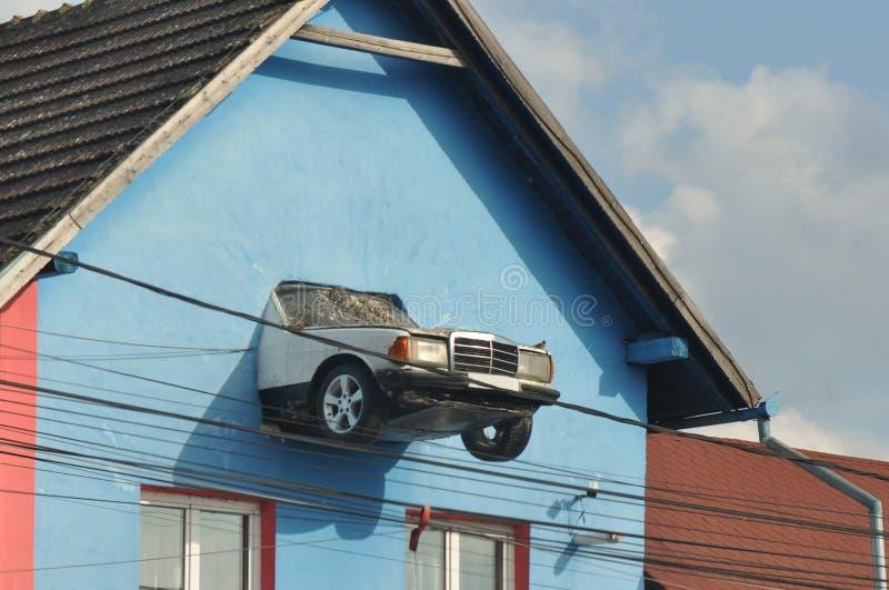 Auto als decoratie wordt gebruikt die royalty-vrije stock afbeelding