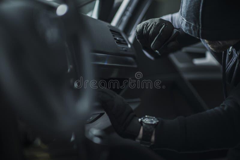 Auto-Bruch herein durch Dieb stockfotografie