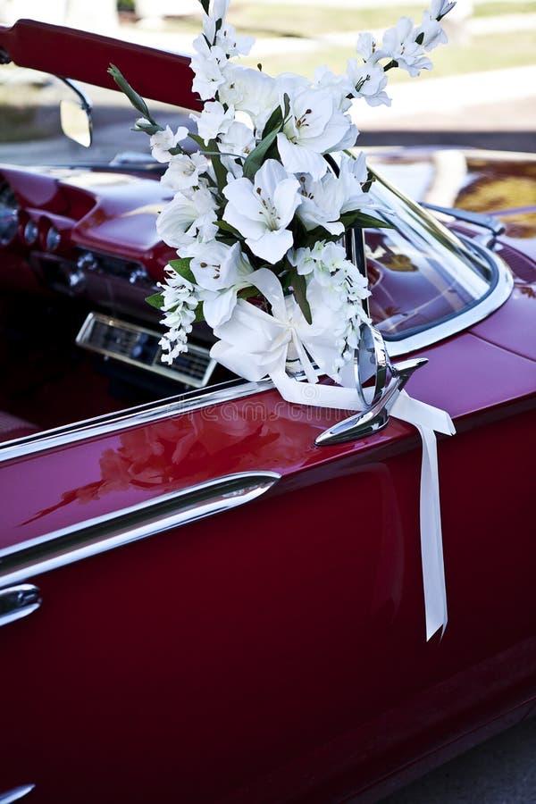 Auto die voor huwelijk wordt verfraaid royalty-vrije stock fotografie