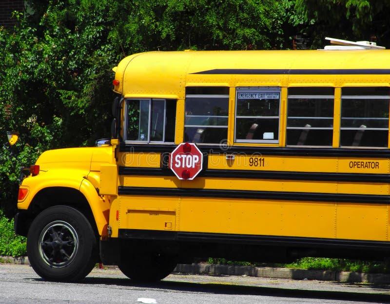 Download Auto escolar foto de stock. Imagem de transporte, escola - 110804