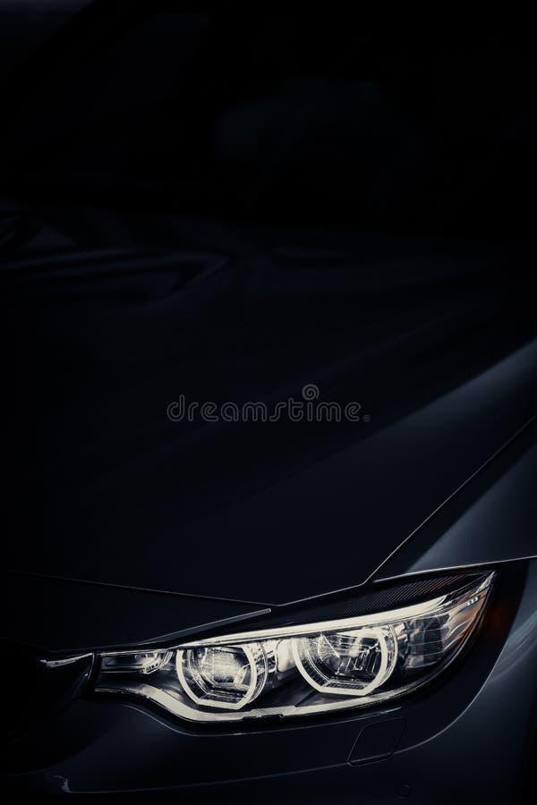 Auto geleide koplamp stock foto's