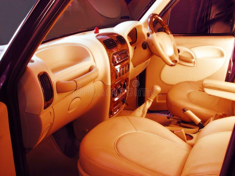 Download Auto Interiores Projetados Na Moda Foto de Stock - Imagem de construído, plush: 532586