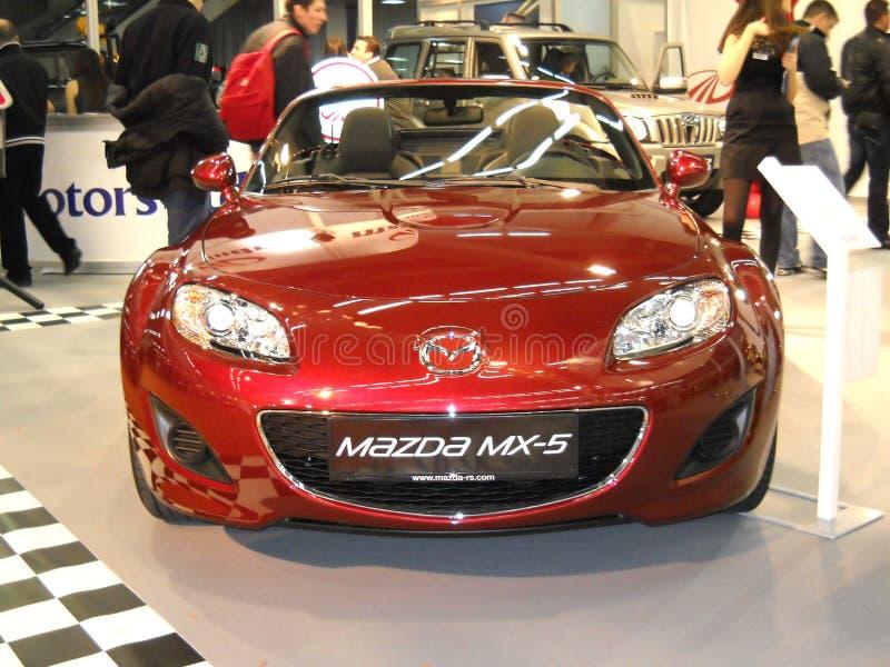 Auto Mazda-MX-5 auf Belgrad-Autoerscheinen stock abbildung