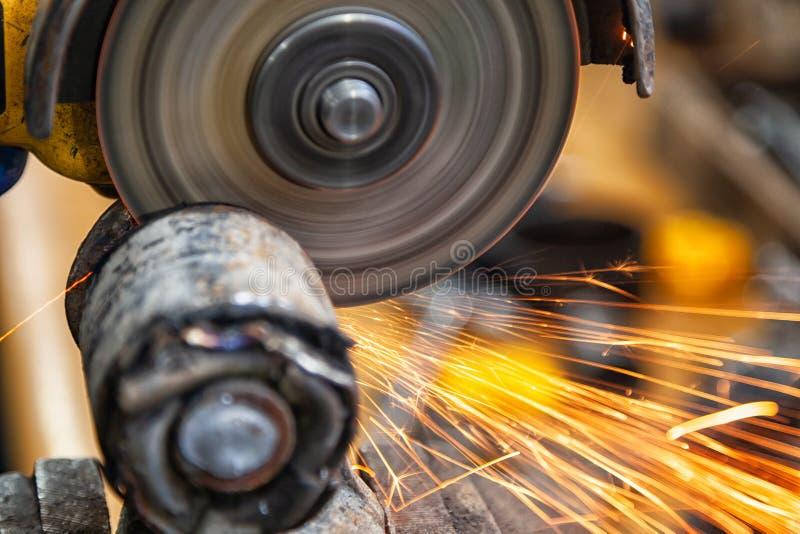 Auto mechanische reparatie royalty-vrije stock afbeelding