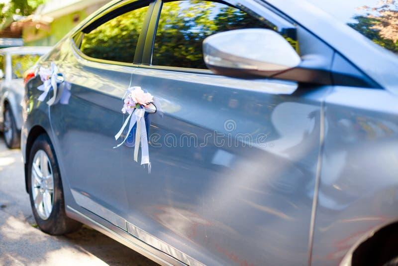Auto mit den Streifen lizenzfreie stockfotos