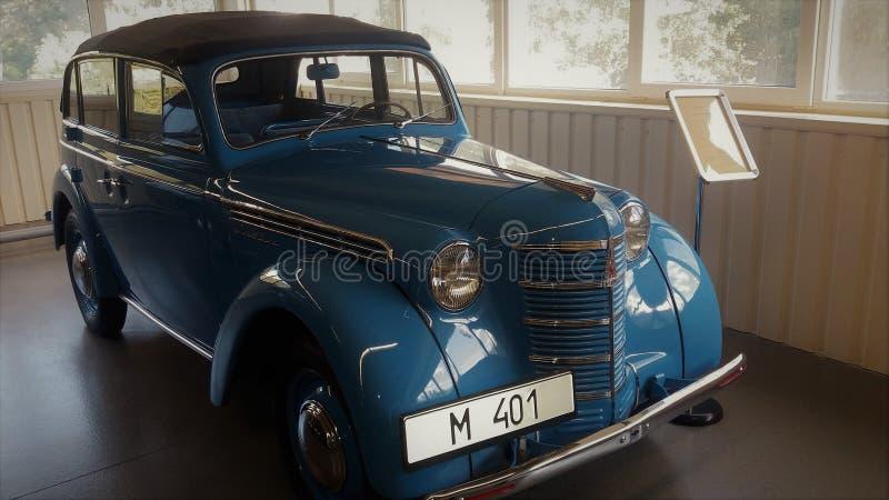 Auto Moskvich 401 fotografia de stock